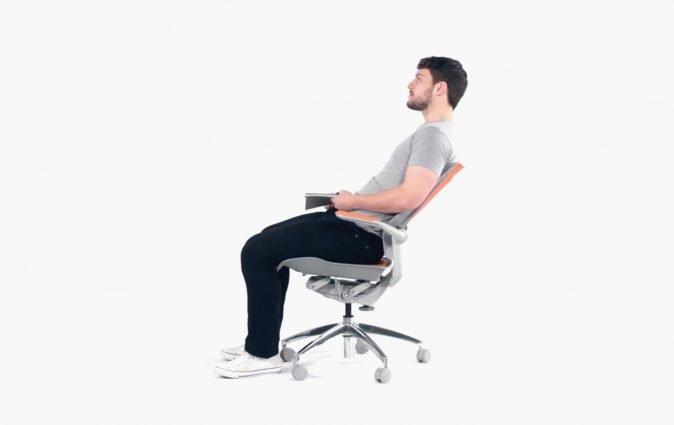 Man reclines comfortably in Muzo's Bodyflex task chair