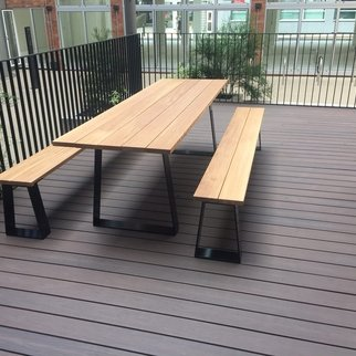 Muzo's Edge table and bench set pictured outdoors