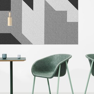 LJ1 shell chairs pictured with side table