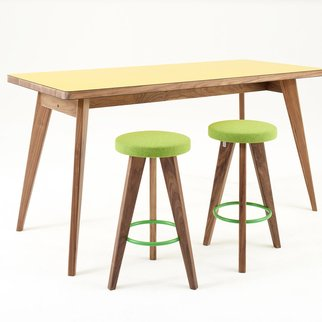 Tall Osprey table sports a contemporary look suitable for a range of settings