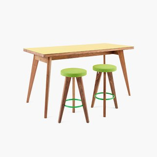 Muzo's Osprey Tall table - also available at standard height