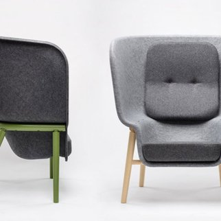 Side and front views of Muzo's M-Pod PET felt privacy chair