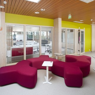 Fuchsia Signs modular seating system pictured in lobby