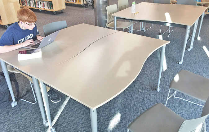 The Wave table from Muzo