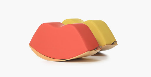 Lips soft seat rocker in red and yellow